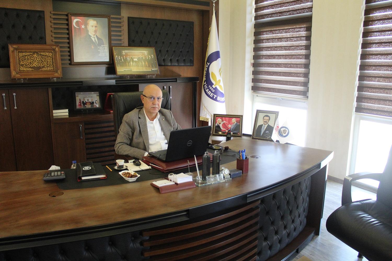 Murat Kaya konferansa dijital yolla katıldı.!